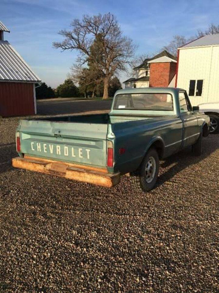 1969 Chevrolet C/K 20 Pickup For Sale (picture 4 of 6)