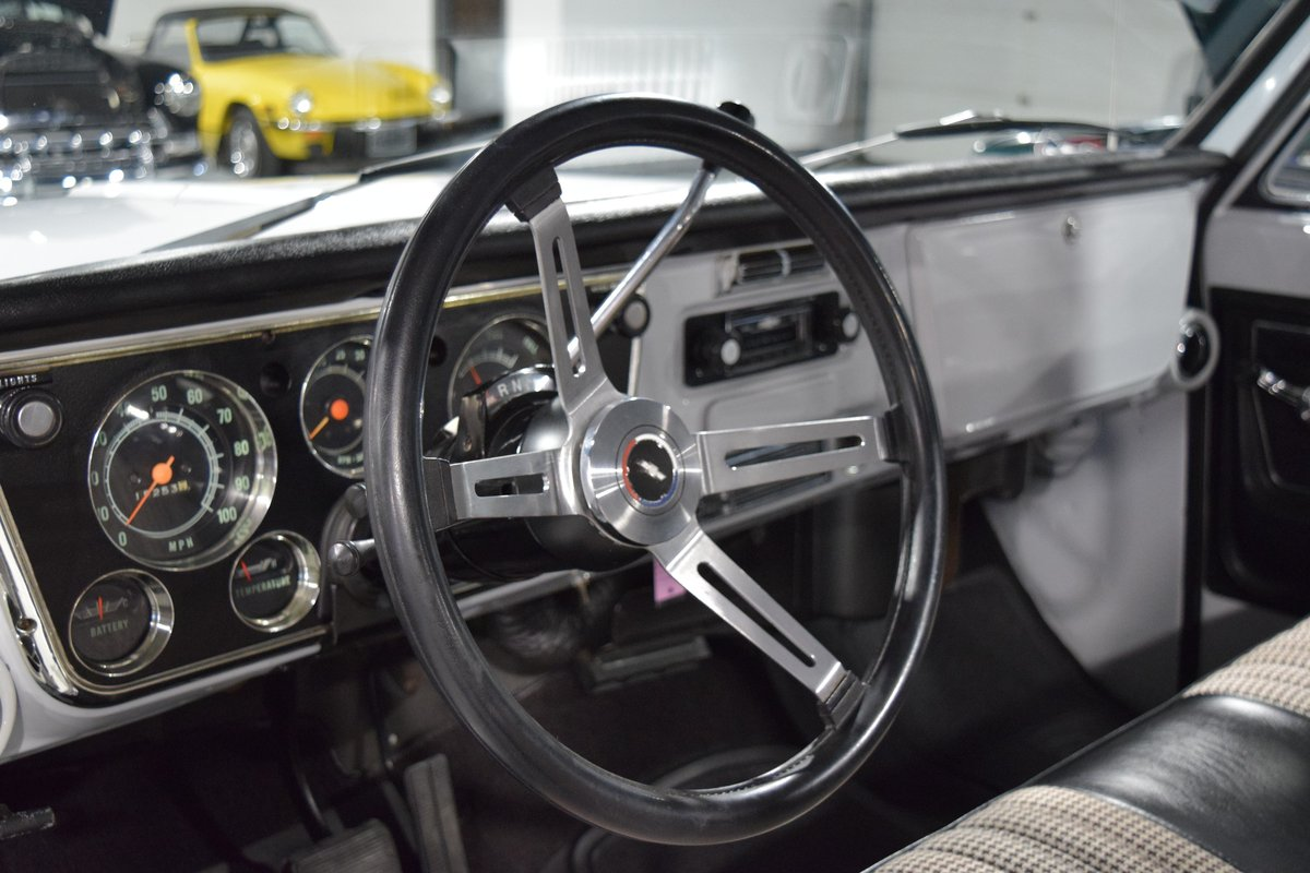 1972 Chevrolet Cheyenne C10 Pick-Up For Sale (picture 3 of 6)