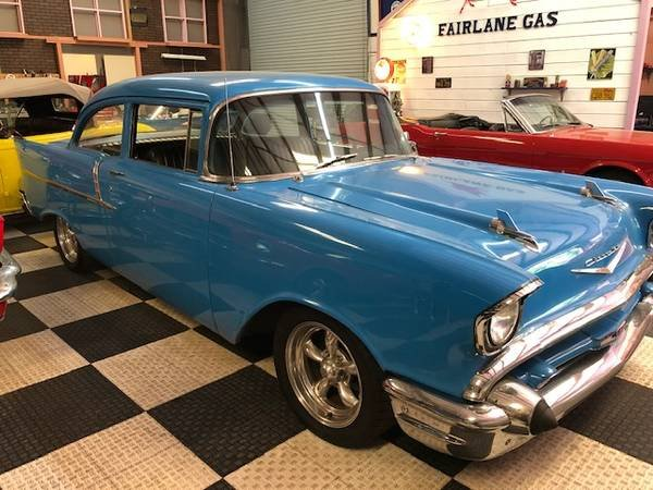 1957 Bel Air Series 150 HardTop = Restored Blue 350 Manual  For Sale (picture 2 of 6)