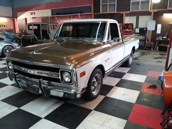 1970 Chevrolet C10 Pickup Truck - Restored + Upgrades $35k For Sale (picture 1 of 6)