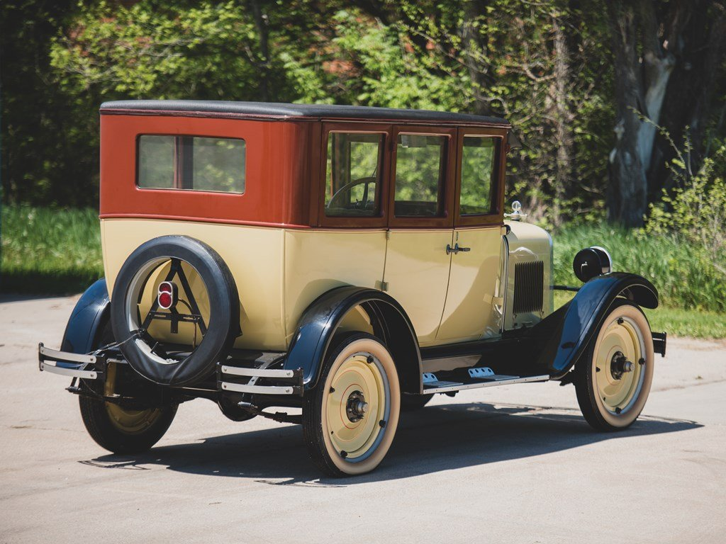 1925 Chevrolet Superior-K Sedan For Sale by Auction (picture 2 of 6)