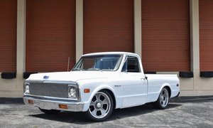 1970 Chevrolet C-10 Short Bed = Custom Vortec 350-HP $32.5k For Sale