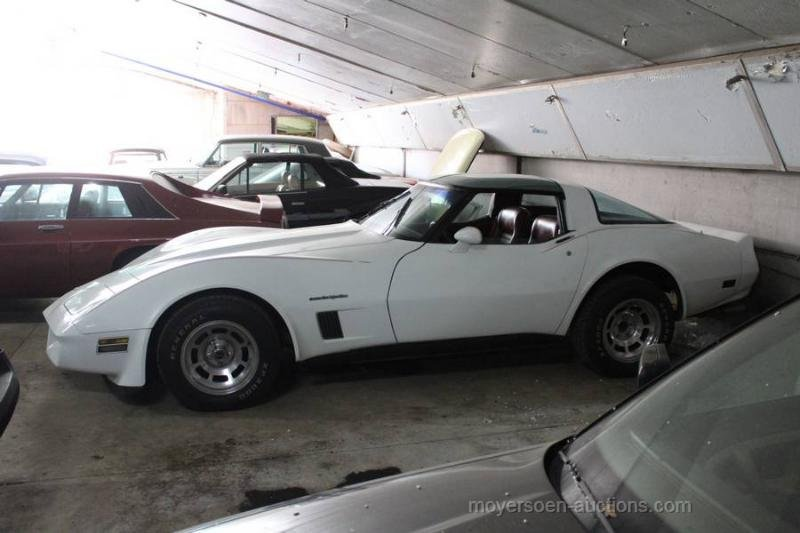 1982 CHEVROLET Corvette C3 Cross-fire-injection V8  For Sale by Auction (picture 2 of 6)