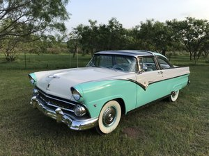 Picture of 1955 FORD CROWN VICTORIA SKYLINER GLASS ROOF V8 3SPD AC SOLD