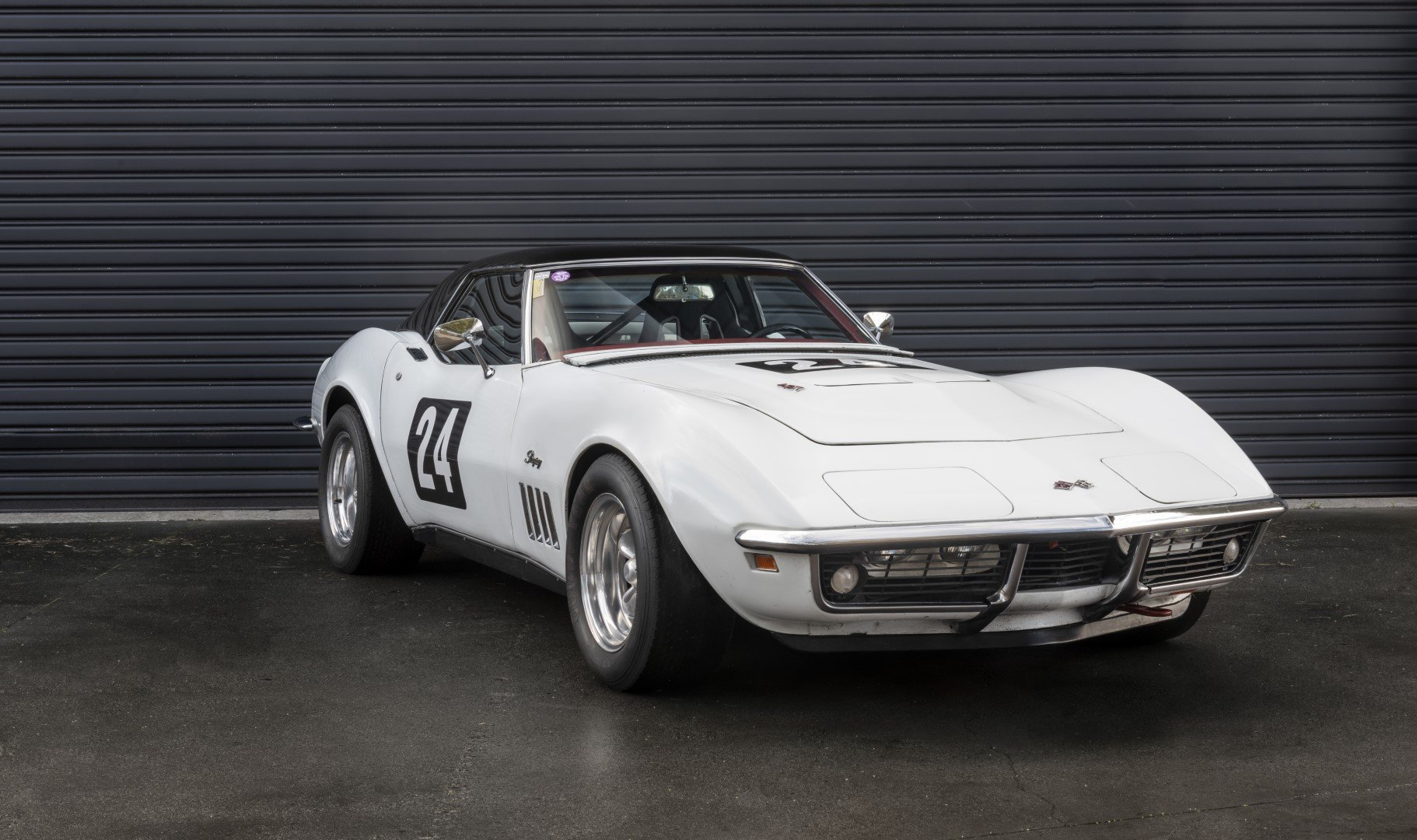 1969 CHEVROLET CORVETTE 427 'BIG BLOCK' ROADSTER W/ HARDTOP For Sale by Auction (picture 1 of 6)
