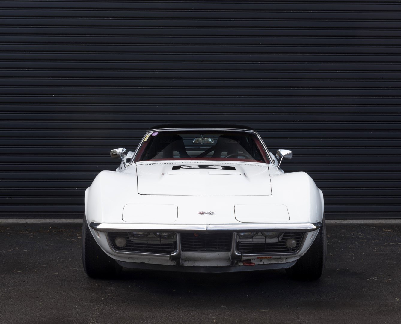 1969 CHEVROLET CORVETTE 427 'BIG BLOCK' ROADSTER W/ HARDTOP For Sale by Auction (picture 4 of 6)