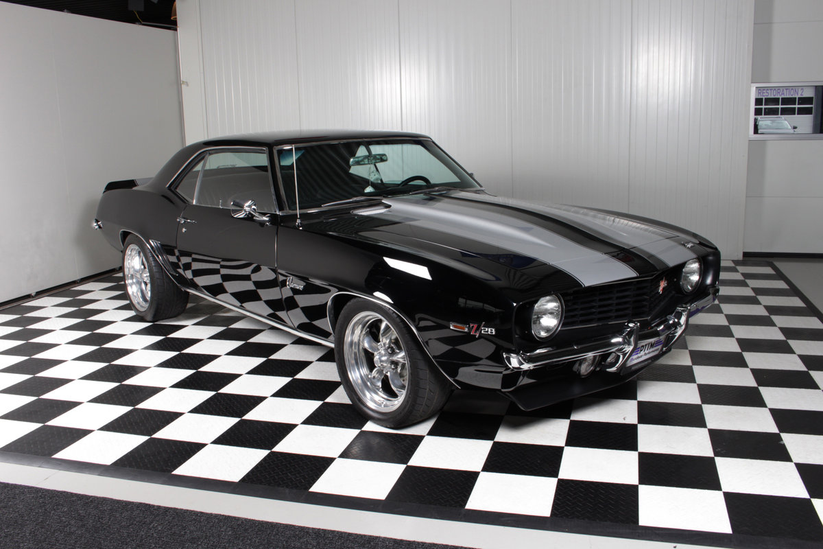 1969 Chevy Camaro Pro touring special Z28 big block ! For