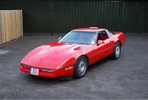 1986 Chevrolet Corvette C4 (Manual Transmission)