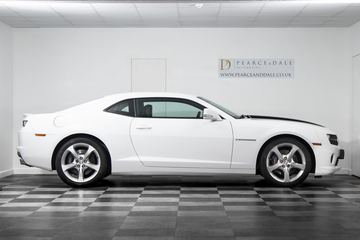 2013 / 63 Chevrolet Camaro V8 Manual - SOLD SOLD (picture 3 of 6)