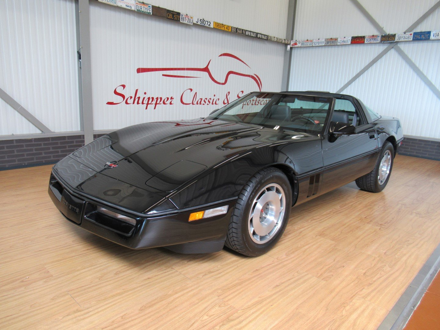 1987 Chevrolet Corvette C4 Targa-Top with just 27.000ML For Sale (picture 1 of 6)