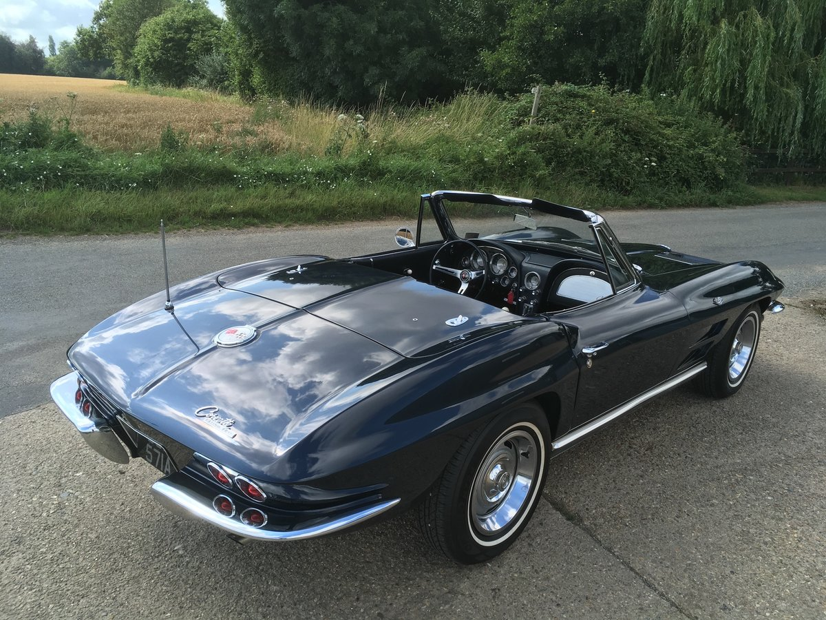 1963 Chevrolet Corvette Roadster - Matching Numbers - Two Tops For Sale (picture 2 of 6)