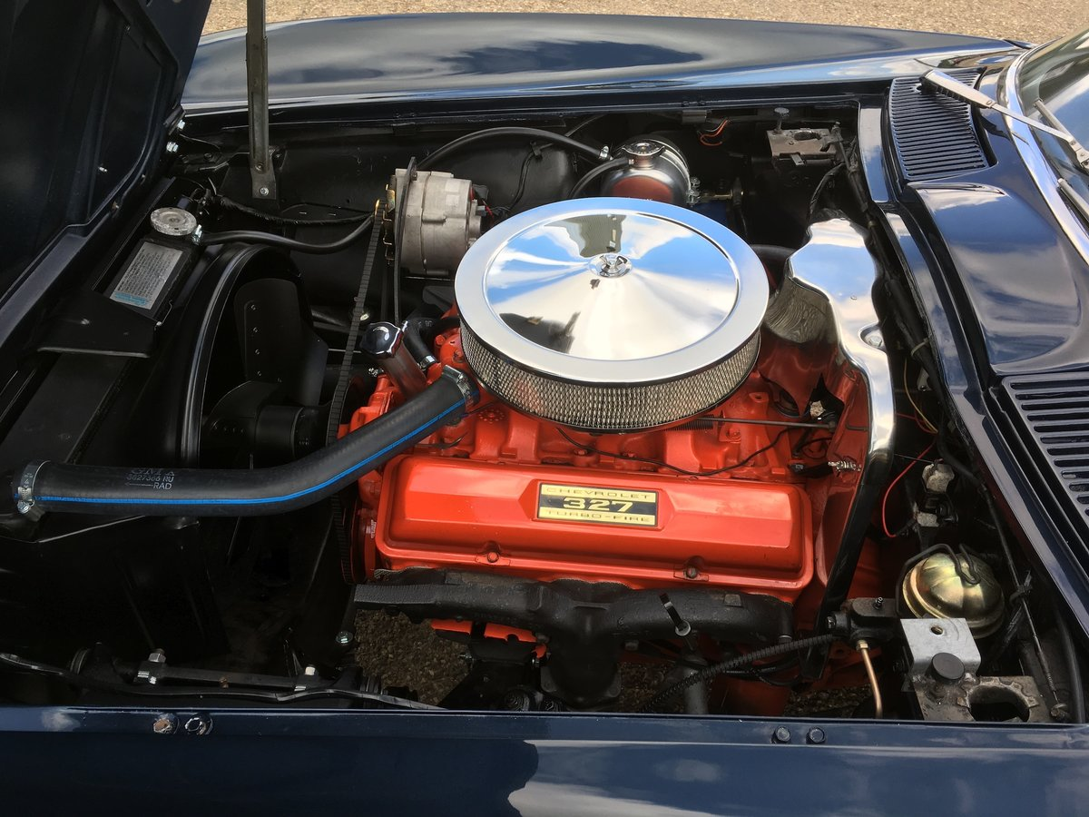 1963 Chevrolet Corvette Roadster - Matching Numbers - Two Tops For Sale (picture 5 of 6)