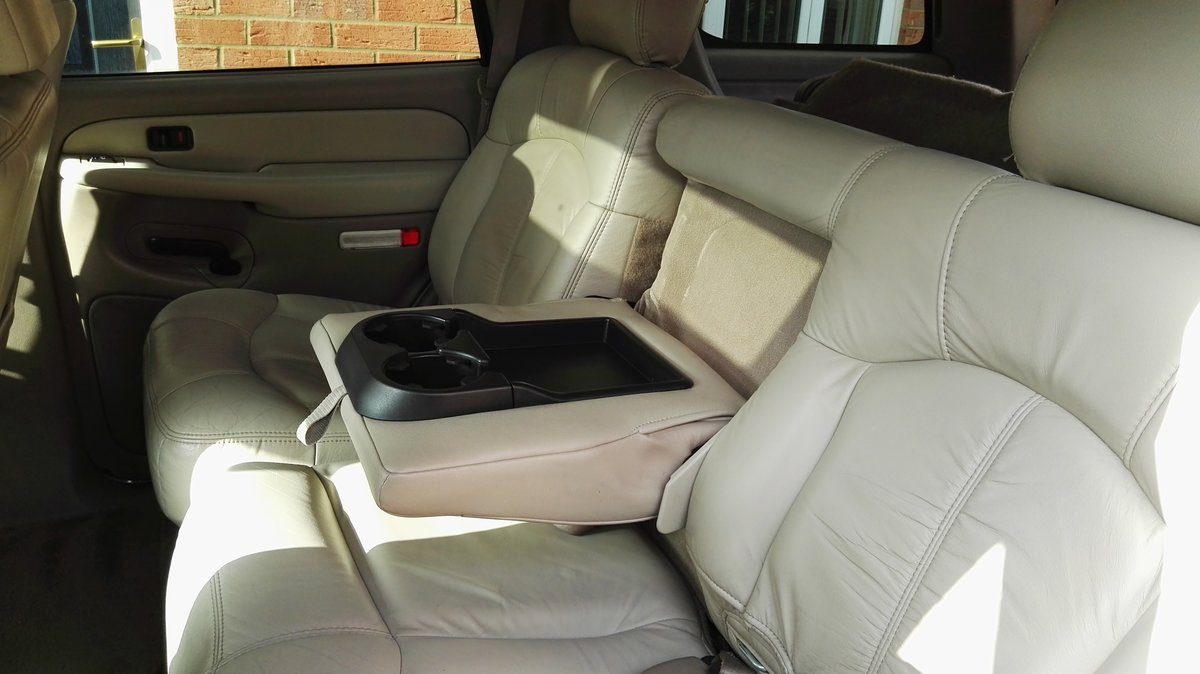 2002 Chevrolet Tahoe For Sale (picture 6 of 6)