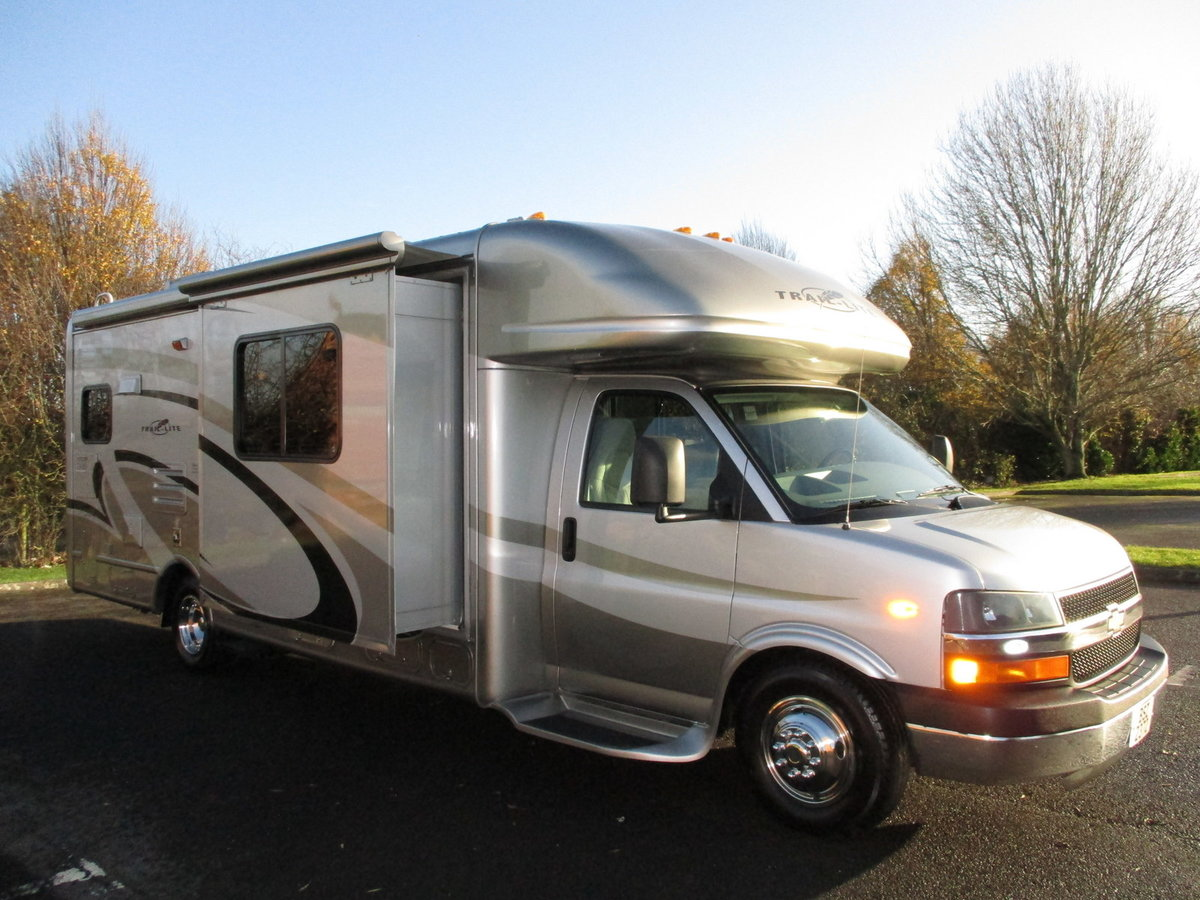 2006 B-Plus 252 Shadow RV Petrol / LPG dual fuel body paint  For Sale (picture 1 of 6)