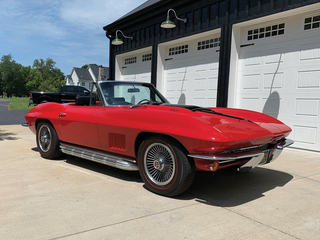 1967 Chevrolet Corvette Sting Ray 427 Convertible  For Sale by Auction (picture 1 of 6)