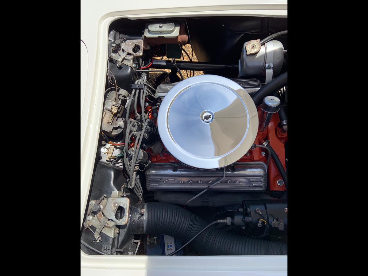1961 Chevrolet Corvette C1 convertible For Sale (picture 6 of 6)