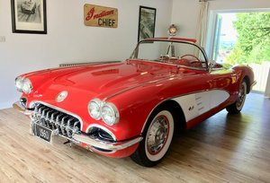1960 CHEVROLET CORVETTE CONVERTIBLE For Sale by Auction