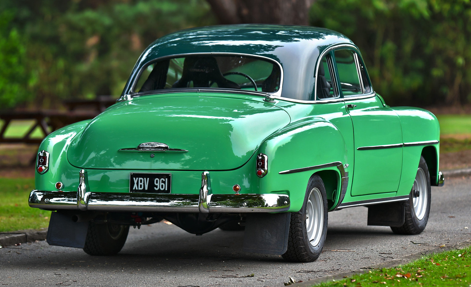 1952 Chevrolet Styleline Deluxe Coupé coachwork by Fisher Ra For Sale (picture 2 of 6)