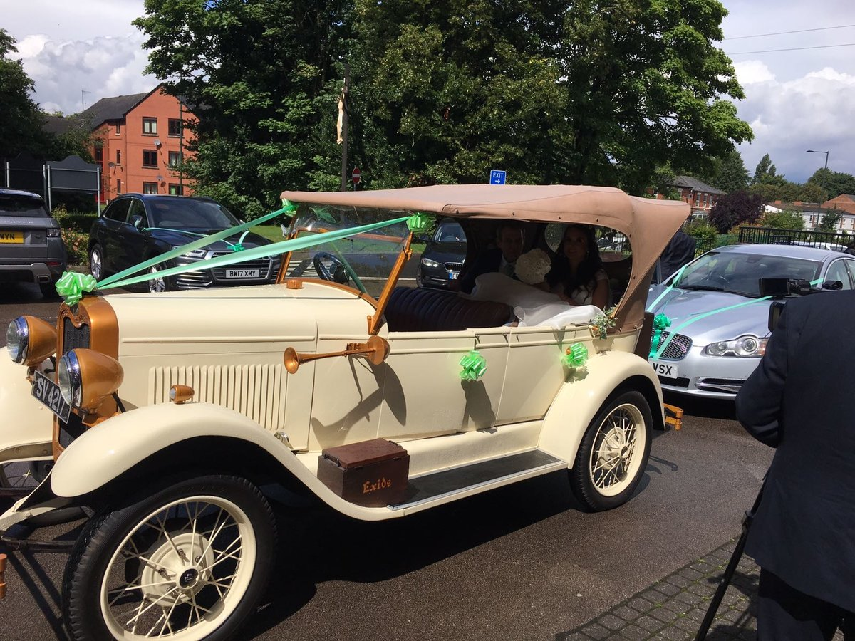 1928 Chevrolet Wedding Car For Sale (picture 2 of 5)
