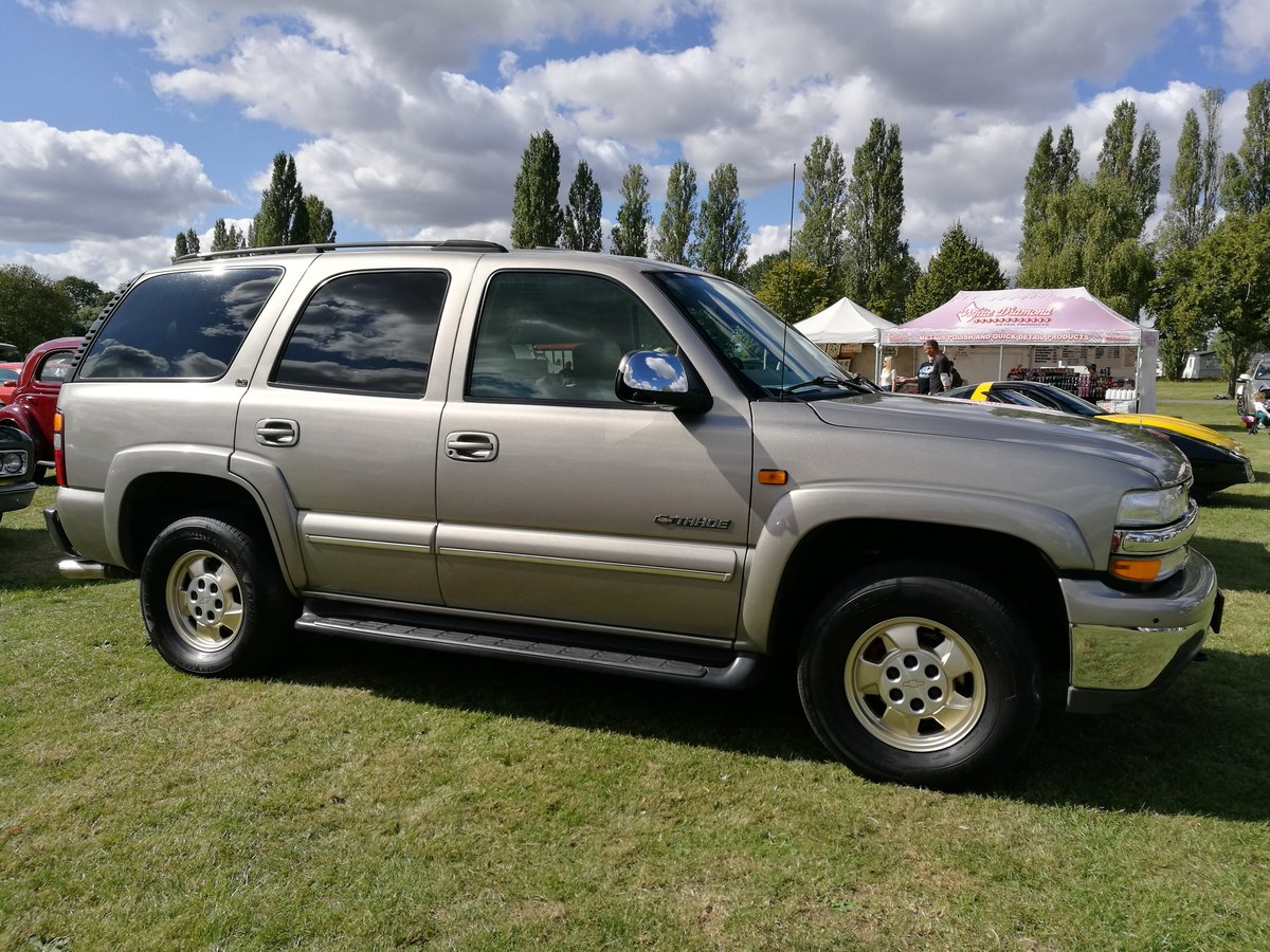 2002 Chevrolet Tahoe For Sale (picture 3 of 6)