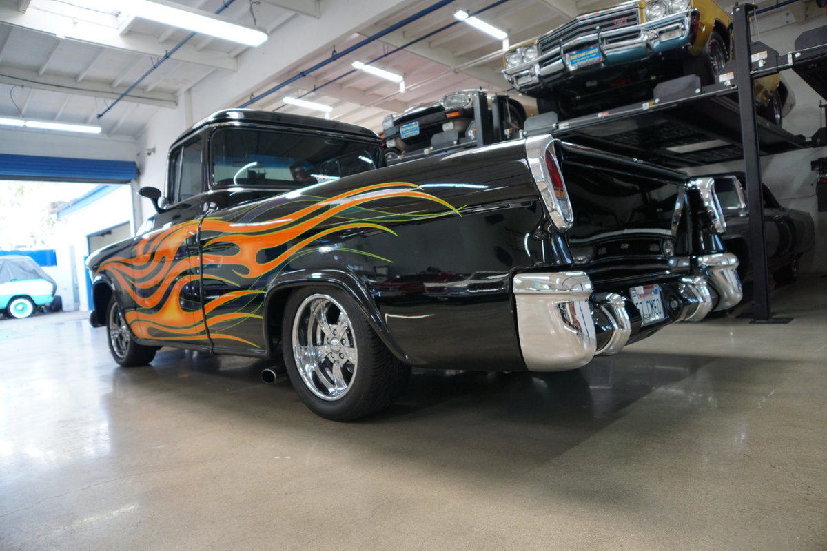 1957 Chevrolet Cameo Custom Pick Up SOLD (picture 4 of 6)