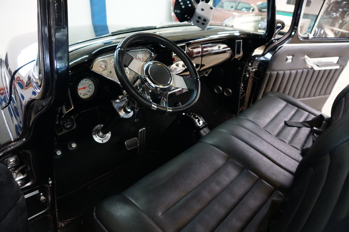 1957 Chevrolet Cameo Custom Pick Up SOLD (picture 5 of 6)