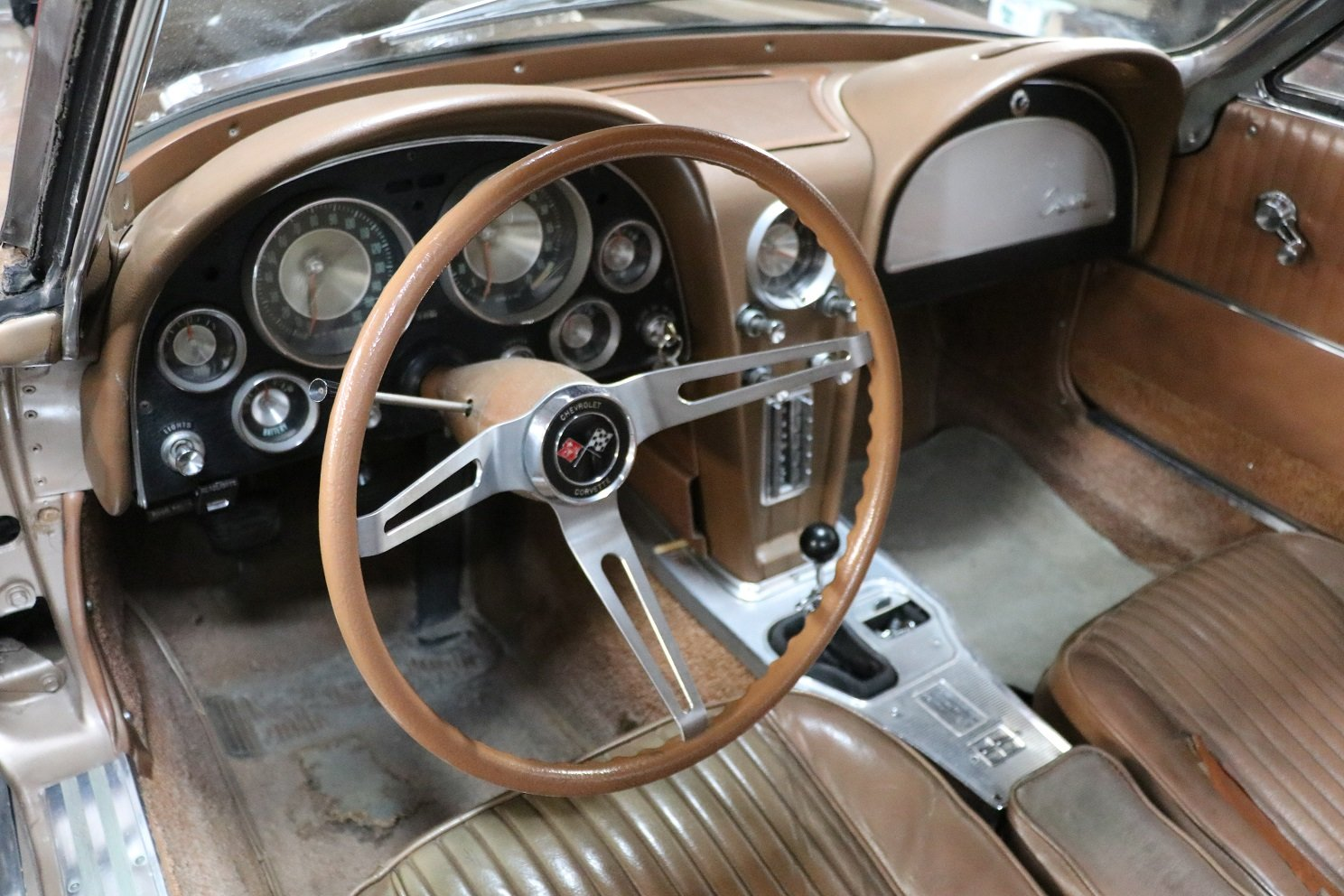 Fuel Injected 1963 Chevrolet Corvette: Matching Number Origi For Sale (picture 4 of 5)