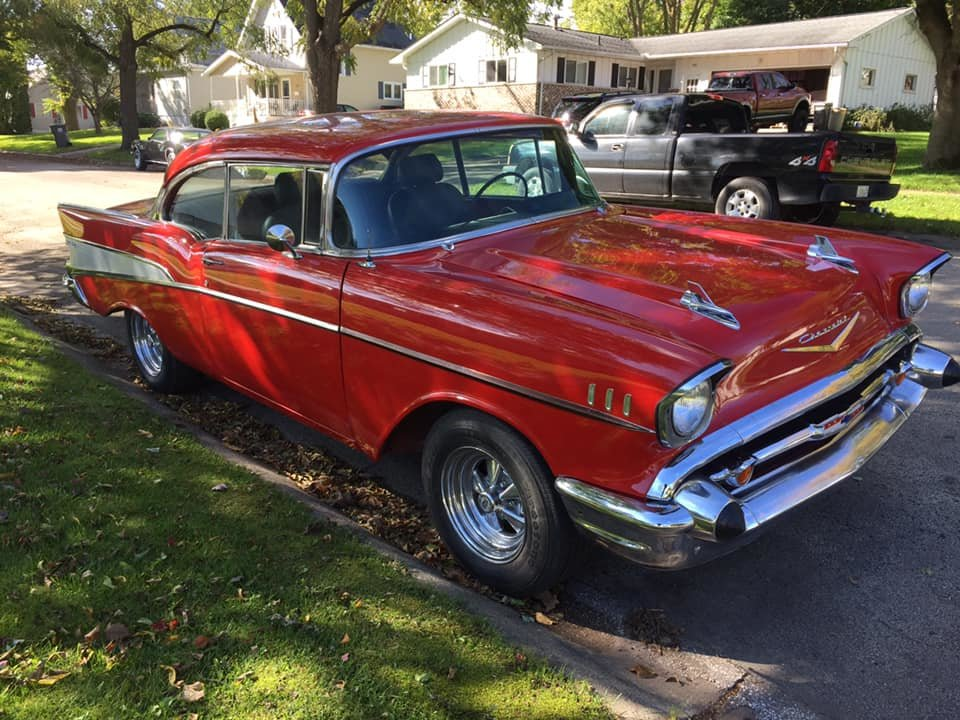 1957 Chevrolet Bel Air 2DR HT .. RED For Sale (picture 3 of 6)