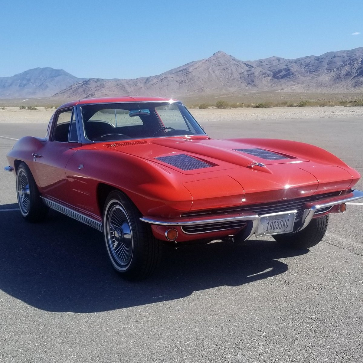 1963 Corvette Split(~)Window Coupe  327 4 speed AC $119.5k For Sale (picture 2 of 6)