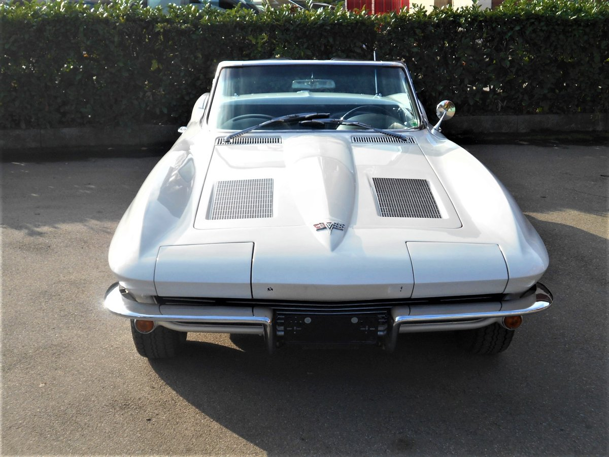 1963 Chevrolet Corvette C2 Sting Ray Cabriolet  For Sale (picture 3 of 6)