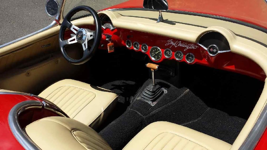 1953 style  corvette  C1 with 5.7ltr   350 block For Sale (picture 5 of 6)