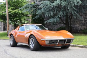 1971 Corvette desirable 4 speed matching numbers!