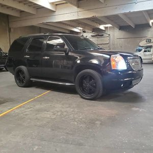 2007 GMC Yukon Denali SUV 6.2L 4WD Loaded All Black $6.9k For Sale