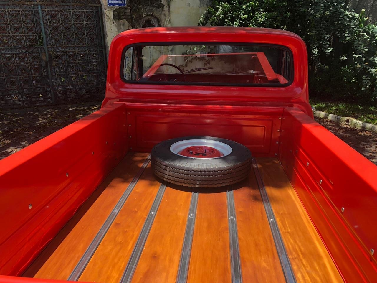 CHEVROLET C10 PICK UP VERY RARE 1972 STEPSIDE LEFT HAND LHD For Sale (picture 4 of 6)