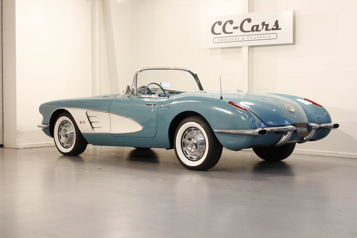 1960 Chevrolet Corvette C1 Convertible SOLD (picture 2 of 6)