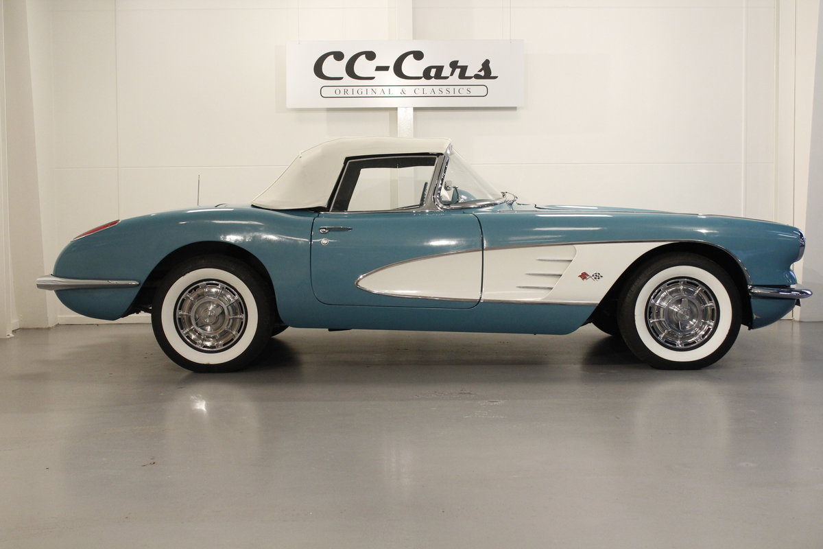1960 Chevrolet Corvette C1 Convertible SOLD (picture 3 of 6)