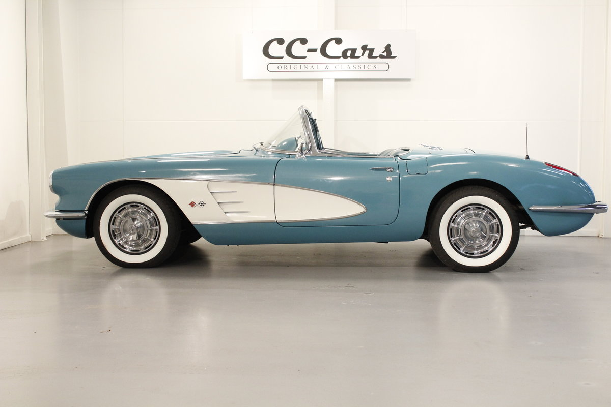 1960 Chevrolet Corvette C1 Convertible SOLD (picture 4 of 6)