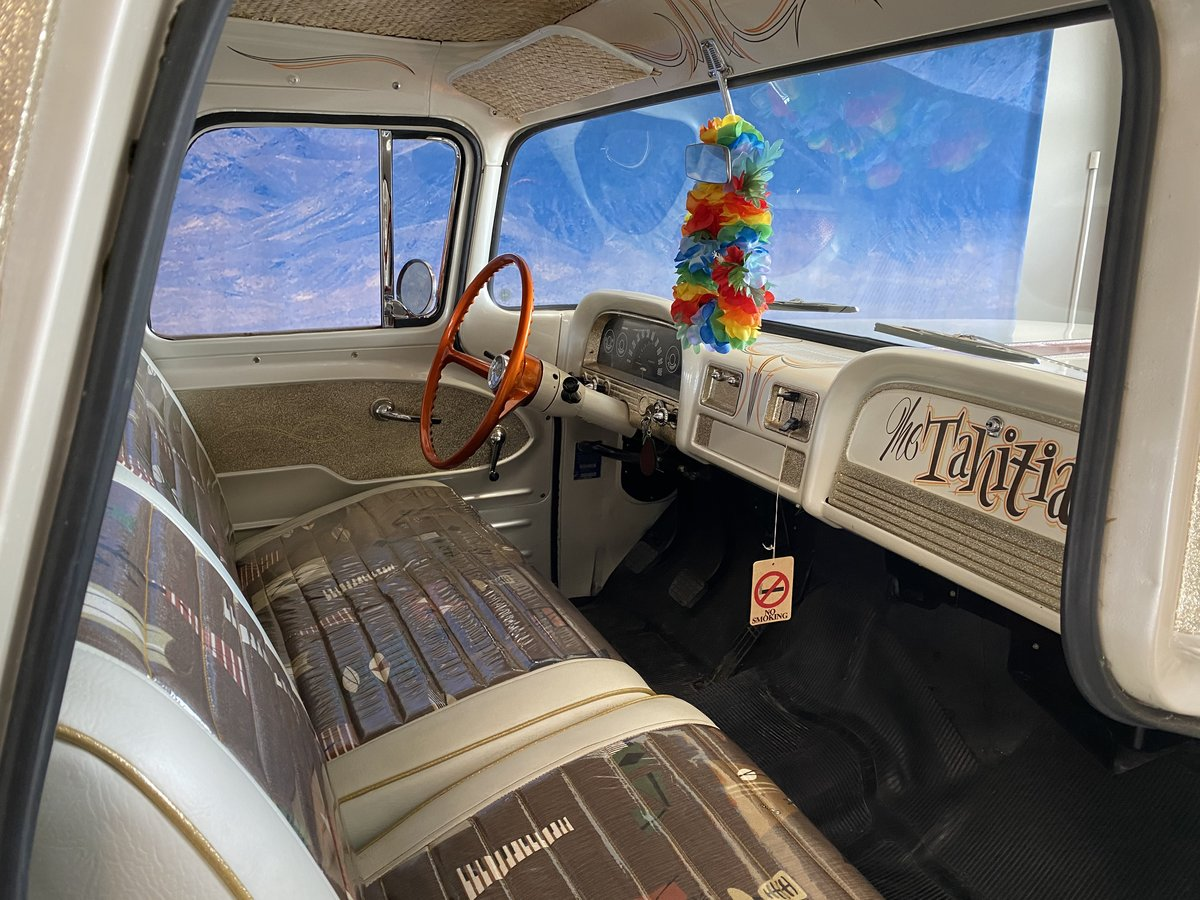 Chevrolet Suburban 1962 Totally restored  For Sale (picture 3 of 6)