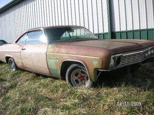 1966 Chevrolet Impala 2dr HT