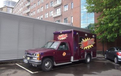 1999 The original PRANK PATROL TV series  ambulance For Sale (picture 1 of 6)