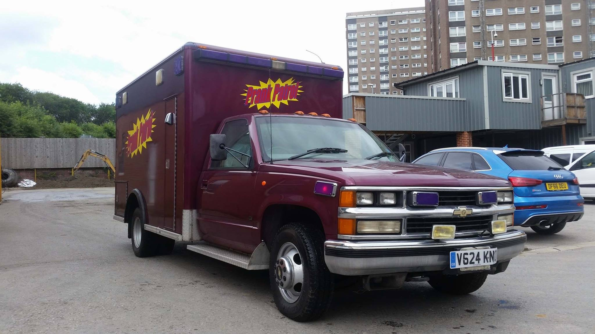 1999 The original PRANK PATROL TV series  ambulance For Sale (picture 2 of 6)