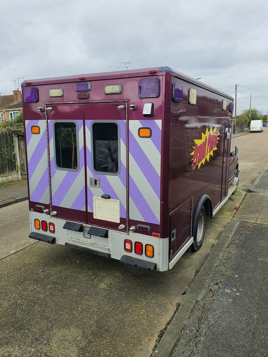 1999 The original PRANK PATROL TV series  ambulance For Sale (picture 3 of 6)