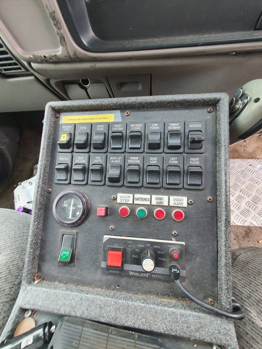 1999 The original PRANK PATROL TV series  ambulance For Sale (picture 6 of 6)