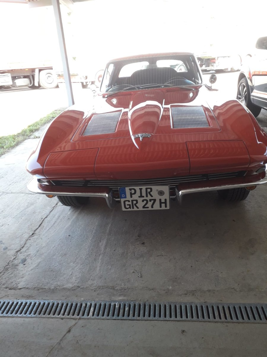 1963 Chevrolet Corvette Stingray C2 For Sale (picture 2 of 5)