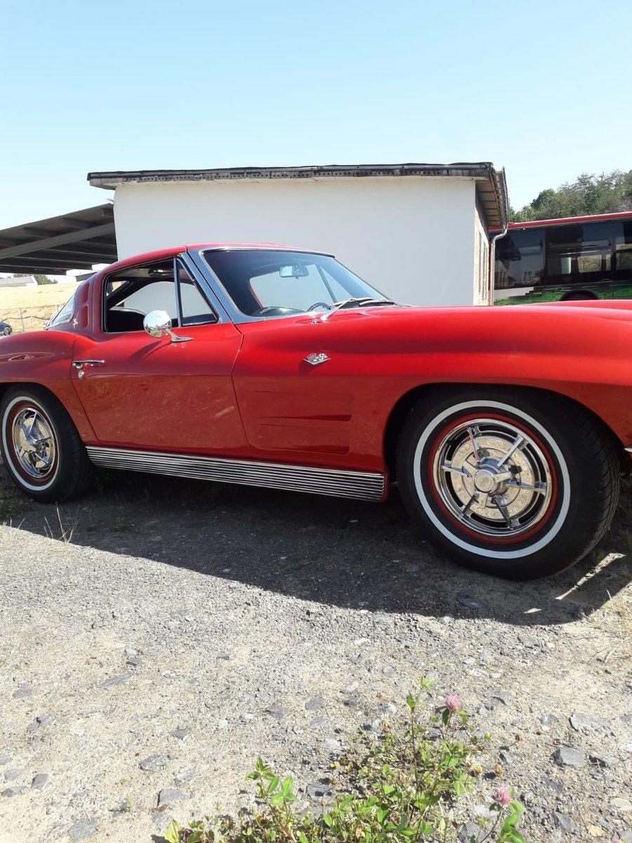 1963 Chevrolet Corvette Stingray C2 For Sale (picture 3 of 5)