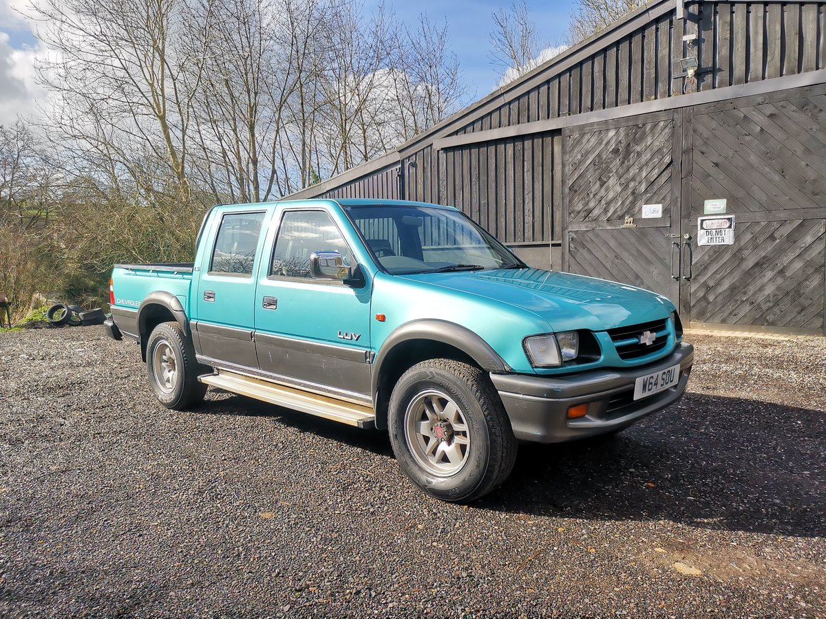 2000 Chevrolet LUV Pickup 3.1 Manual Diesel 4WD (Isuzu) SOLD (picture 1 of 6)