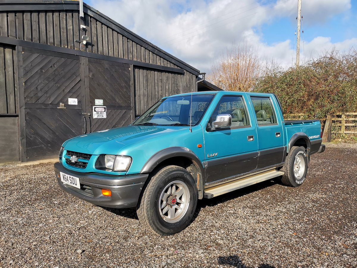2000 Chevrolet LUV Pickup 3.1 Manual Diesel 4WD (Isuzu) SOLD (picture 2 of 6)