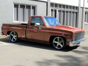 Chevrolet C10 SHORTBED FULLY BAGGED C 10 CHEVY V8