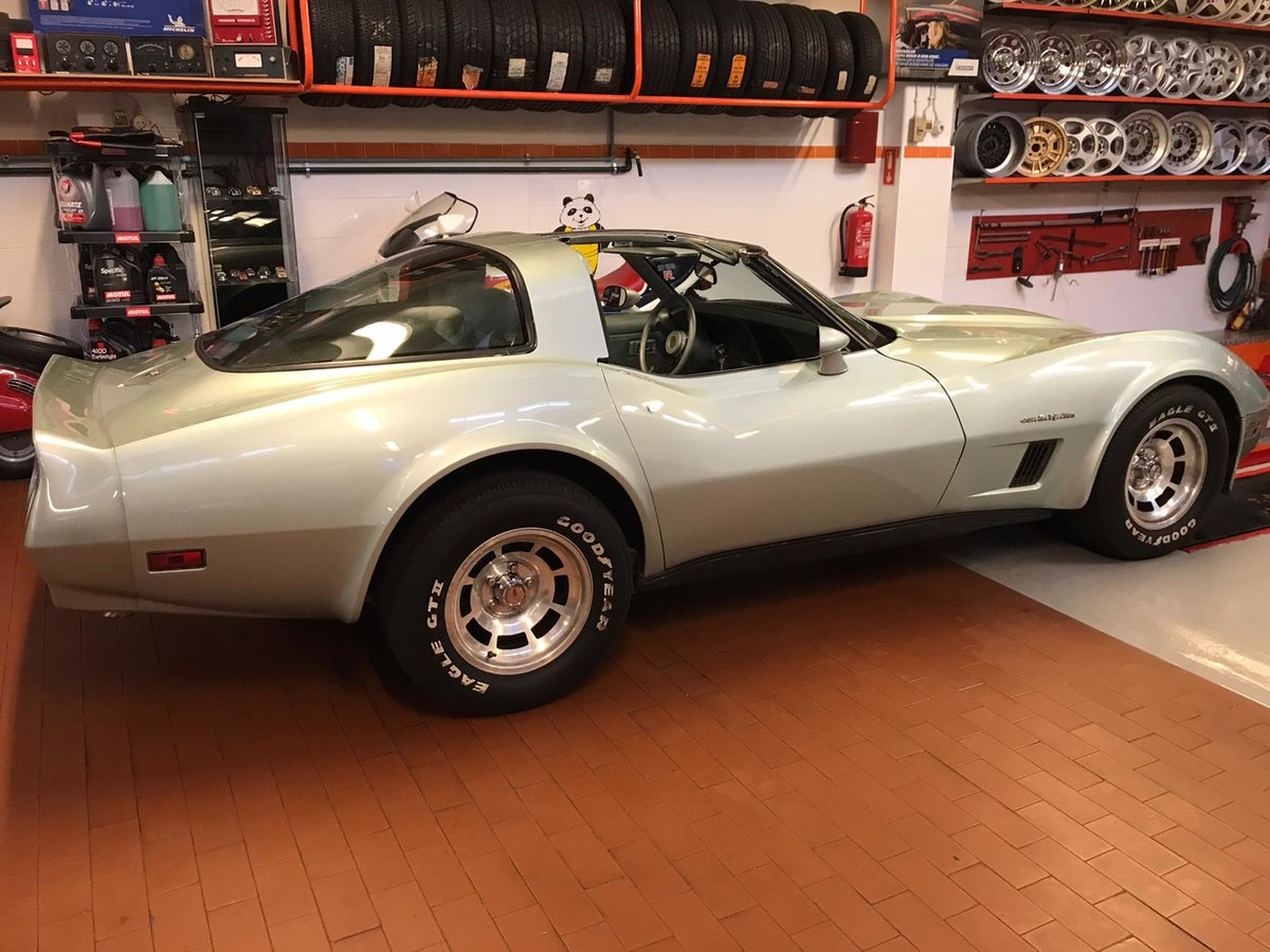 1982 Chevrolet Corvette (LHD) For Sale (picture 1 of 6)
