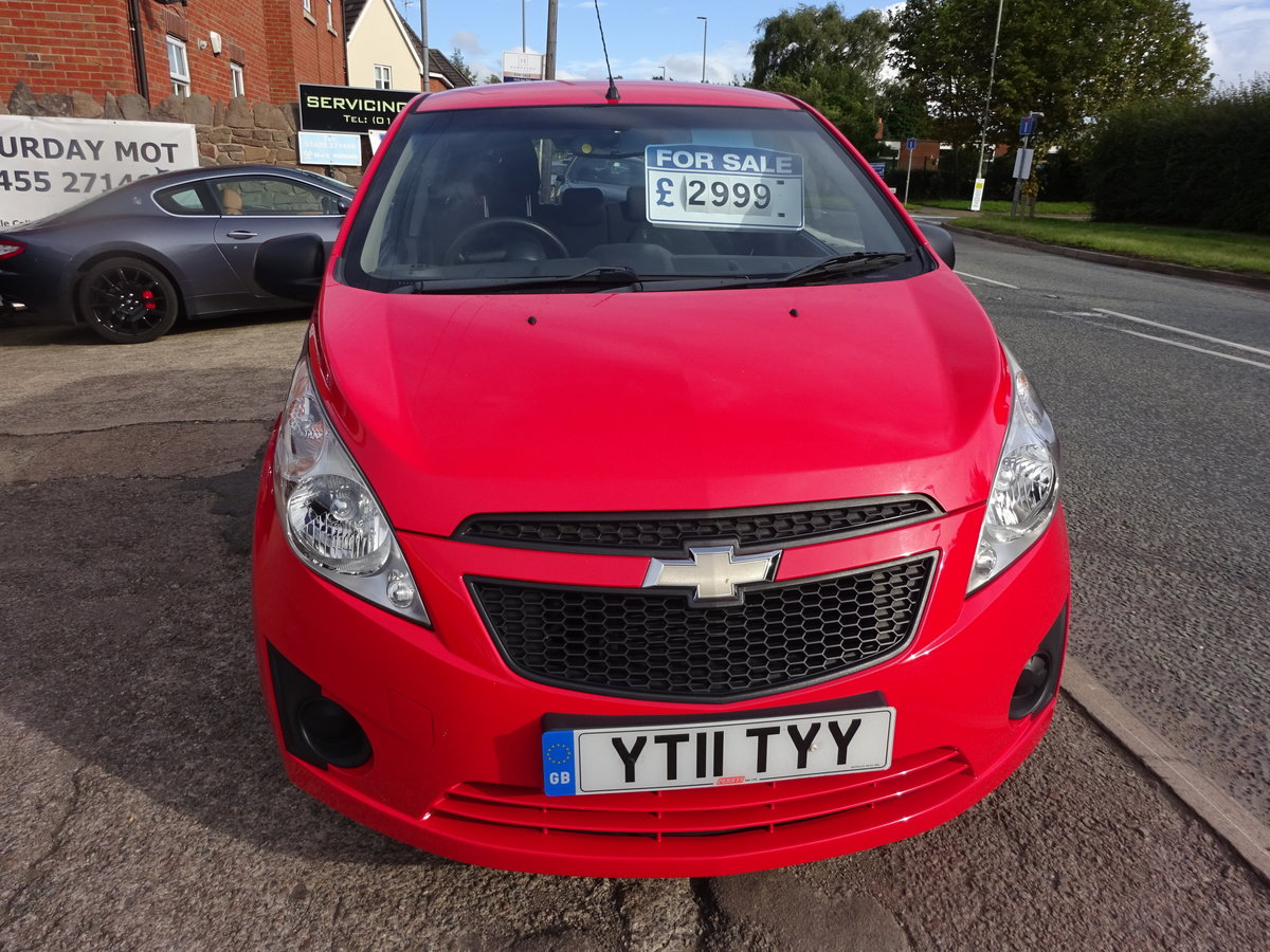 2011 5 DOOR SMALL 1LTR PETROL CHEVROLET JUST 47,000 FSH  11 REG For Sale (picture 1 of 6)
